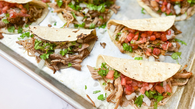 The Aldi 5 Ingredient Carnitas Tacos Everyone Will Eat Up