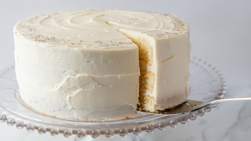 Classic Vanilla Cake Recipe You'll Make Again And Again