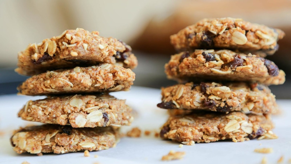 No-Bake Oatmeal Cookies You Can Eat For Breakfast Or Dessert