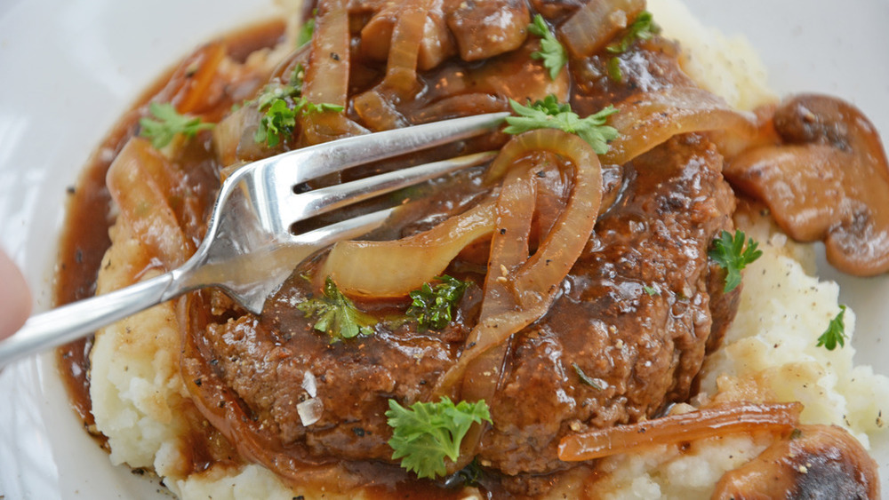 Salisbury steak with mashed potatoes