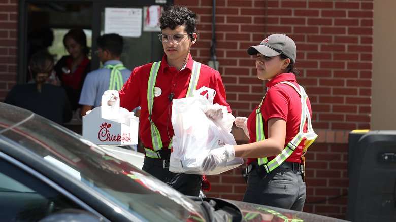 Weird Rules That Chick-Fil-A Workers Have To Follow